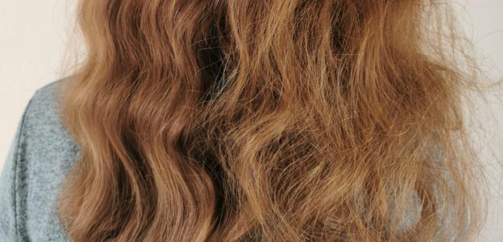 trockenes Haar pflegen